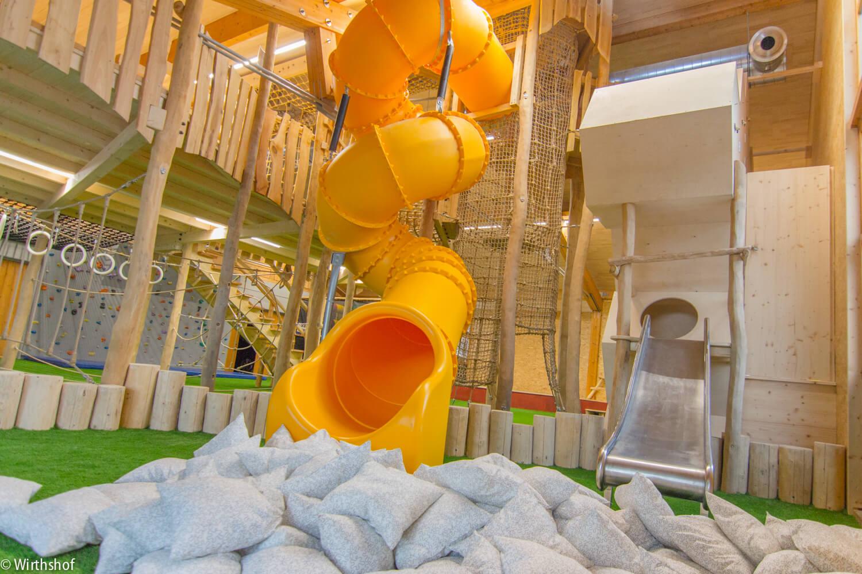 Campingplatz Wirthshof: Indoor-Rutsche | © Wirthshof GmbH