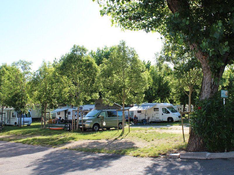 Camping Village San Francesco Stellplätze
