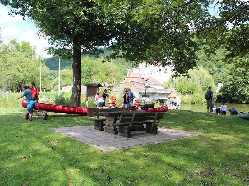 Spiel-Zeit auf dem Campingplatz