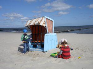 Ostsee Usedom Strandkorb und Kinder