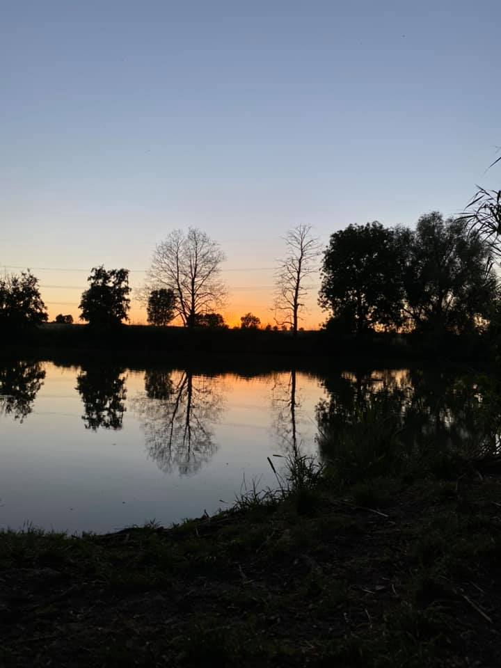 Sonnenuntergang am See | © Vanessa Pochop