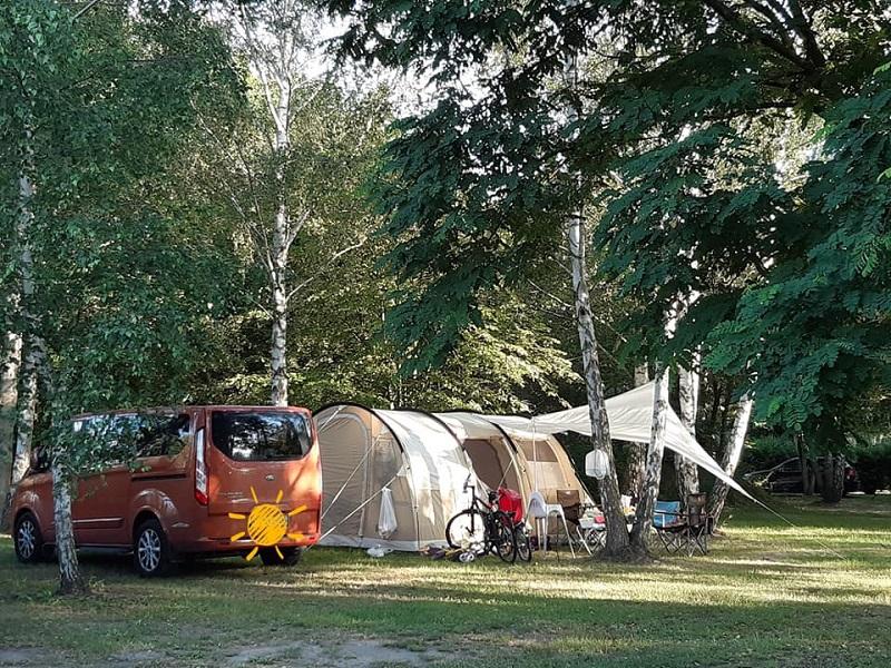 Campingplatz und Tipi-Dorf Bertingen