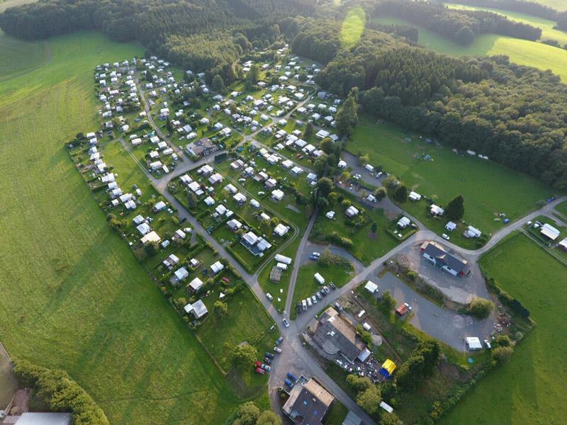 Campingpark im Bergischen Land Zeltwiese Luftaufnahme